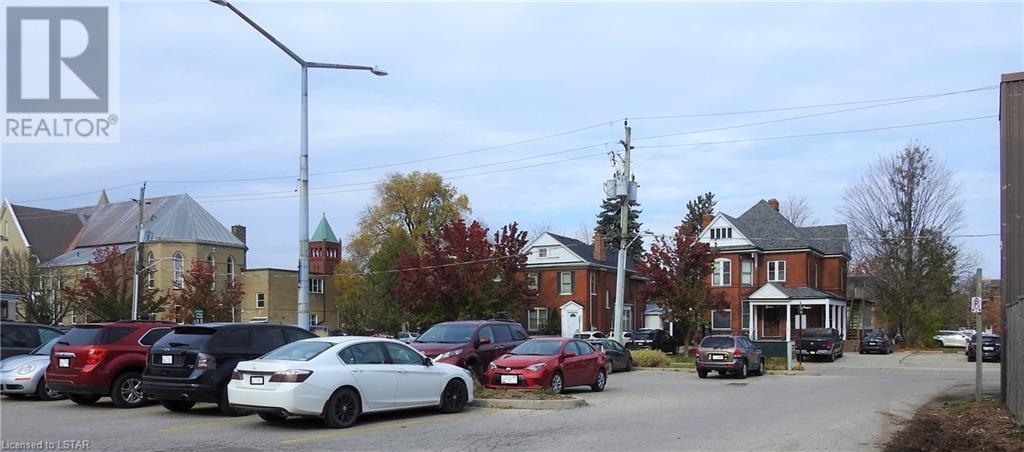 5 WELLINGTON Street